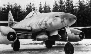 Profile Luftwaffe Me-262 + Original Training Video