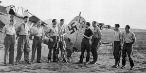 Fw190-pilot-Josef-Wurmheller-4th-from-left-France